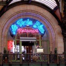Trainspotting in Paris at Le Train Bleu: Buffet at de la Gare Lyon before you get on board