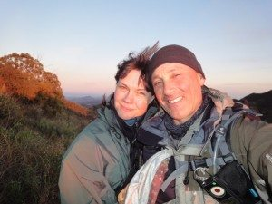 Michelle_Matt_Hiking_cancer