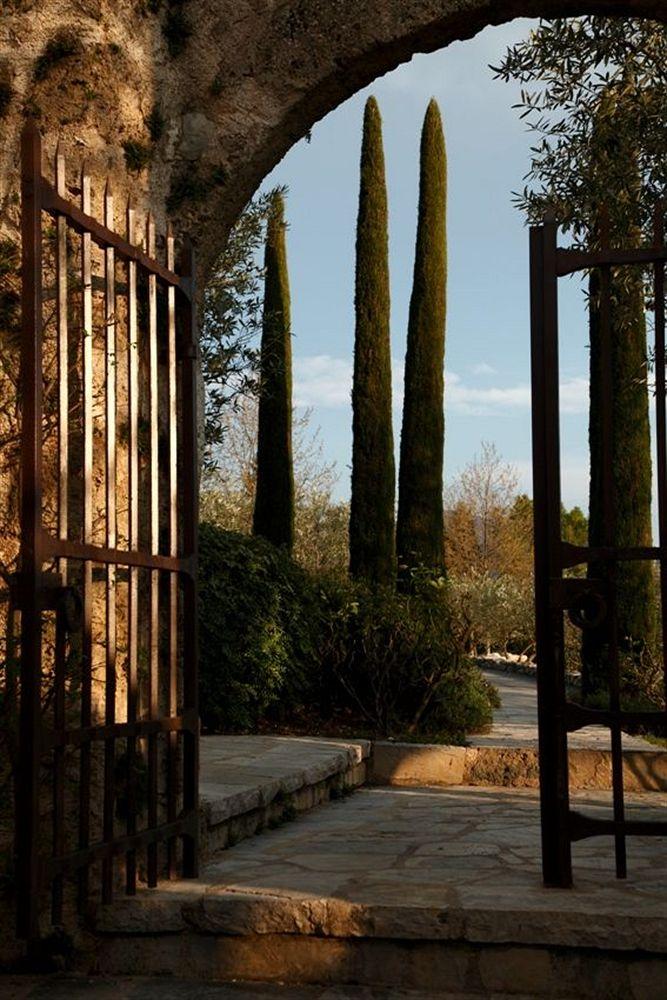 La Bastide de Moustiers Provence: LuxEcoLiving\'s Best Gastronomic ...