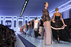 Christian+Dior+Runway+Paris+Fashion+Week+Spring+dtUmZJC-aZAl