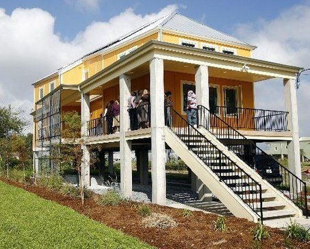 Hurricane katrina making it right luxecoliving for Make it right foundation